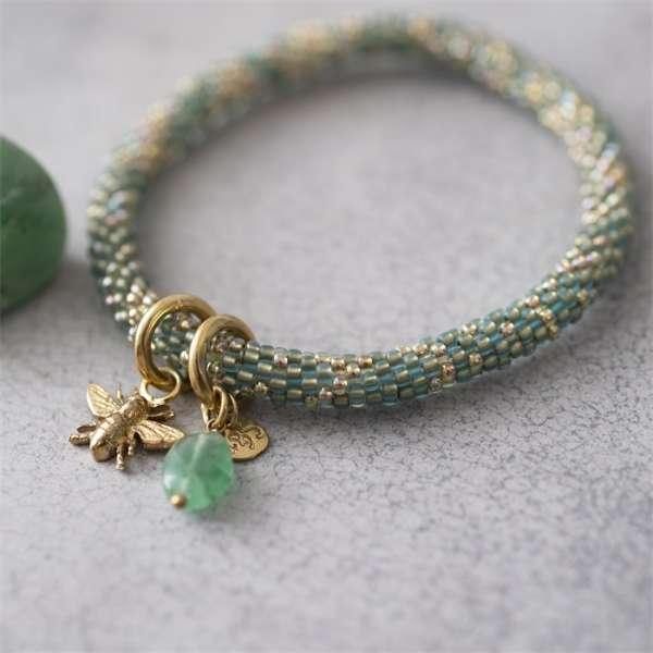 Gold grünes Armband mit Bienenanhänger und Aventurin abeautifulstory