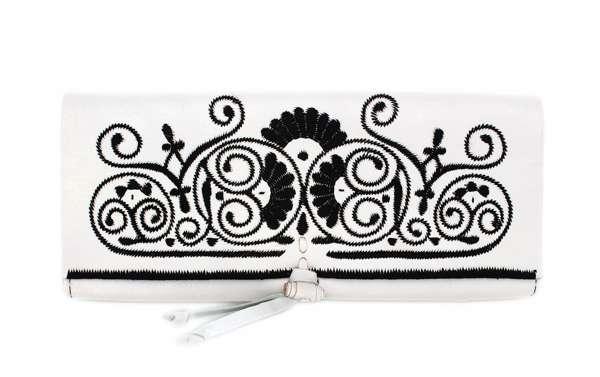 abury Leder-Clutches weiß-schwarz Stickerrei handmade