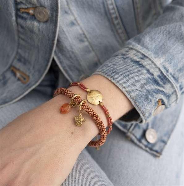 Rotes Armband mit goldener Seestern Münze abeautifulstory