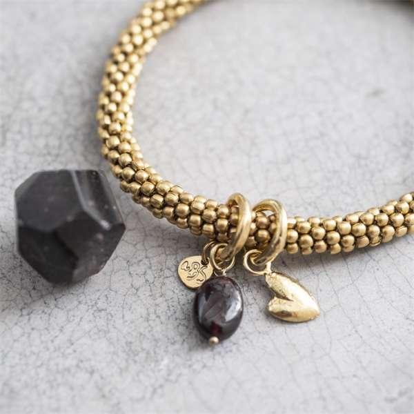 Gold Armband mit Edelsteinperle und Herz a beautifulstory
