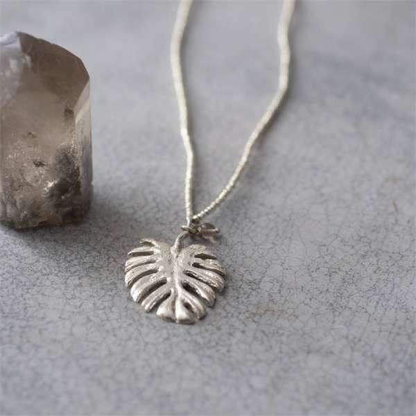 Silber Halskette mit Blatt abeautifulstory