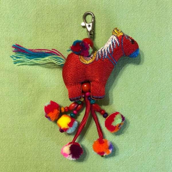 Bunter Schlüsselanhänger Pferd, handmade