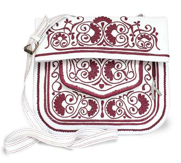 Berber Bag, weiß-brombeer