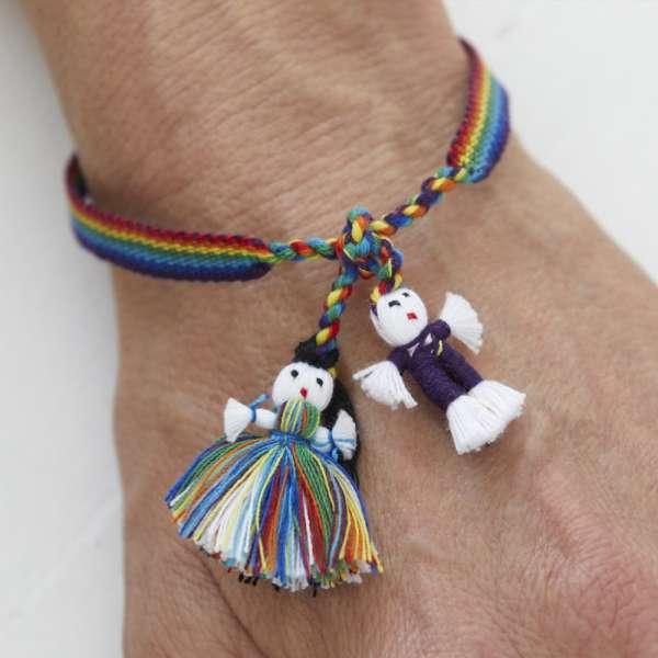 Armband Bandaids von Bandsofla, Regenbogenfarben